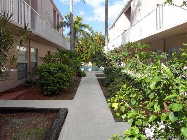 241 S Royal Poinciana Blvd  Unit 302, Miami Springs, FL 33166-6156