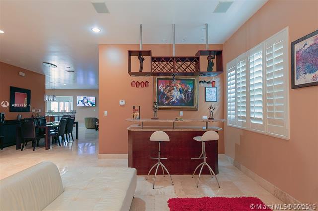 7517 W Treasure Dr, North Bay Village, FL, 33141