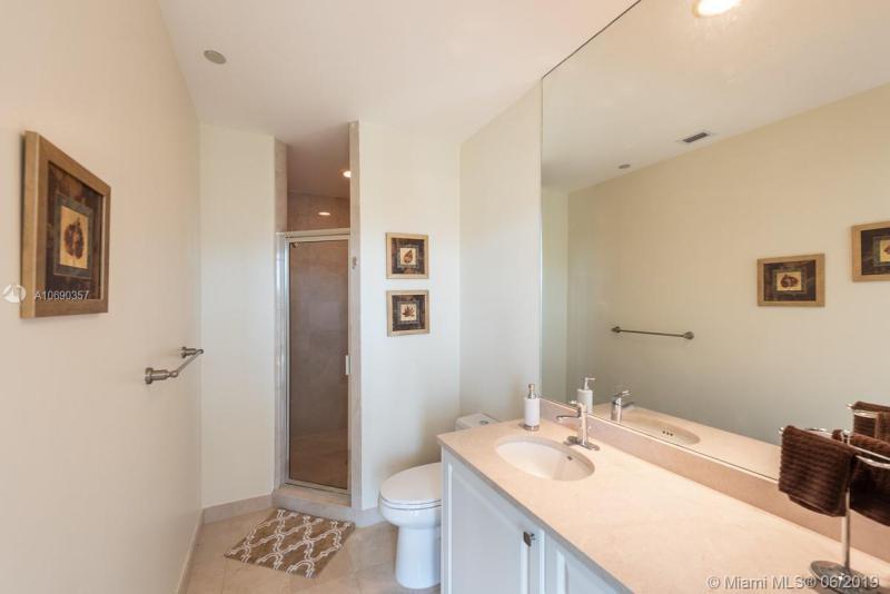 16500 Collins Ave TH-10, Sunny Isles Beach, FL, 33160