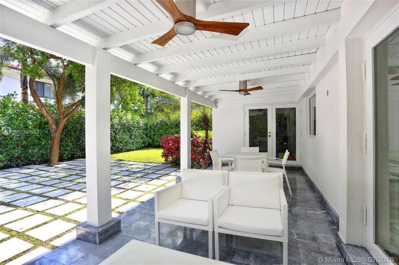 1050 Andora Ave, Coral Gables, FL, 33146