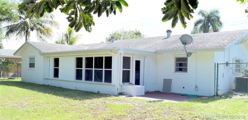 598 E Conference Dr, Boca Raton, FL, 33486