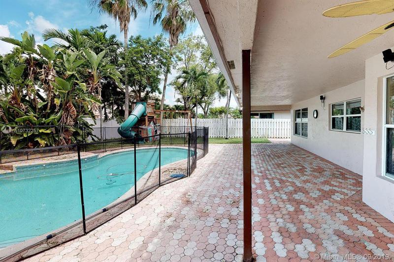 590 SW 178th Way, Pembroke Pines, FL, 33029