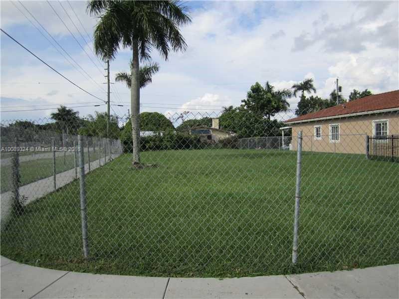801 NE 12 ST,  Homestead, FL