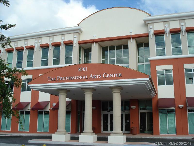 8501 SW 124th Ave  Unit 102 Miami, FL 33183-4631 MLS#A10282324 Image 2