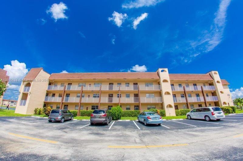 2701  Sunrise Lakes Dr  Unit 105, Sunrise, FL 33322-2406