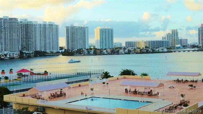 210  174th St  Unit 614, Sunny Isles Beach, FL 33160-3337