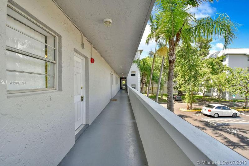 17255 SW 95th Ave 247, Palmetto Bay, FL, 33157