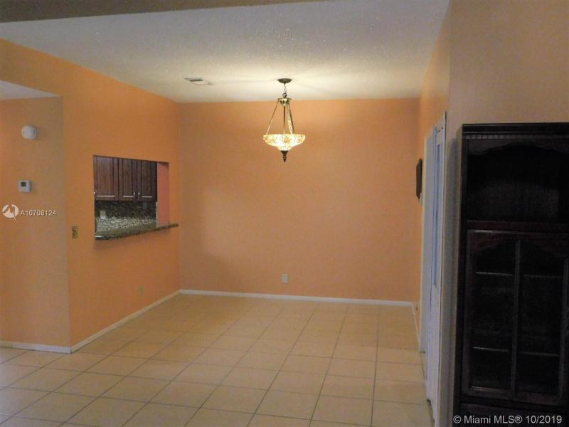 1088 NW 98th Ter 116, Pembroke Pines, FL, 33024