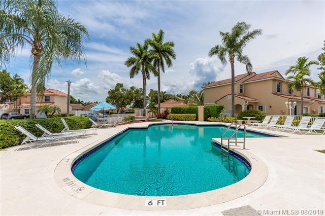 925 SW 180th Ter, Pembroke Pines, FL, 33029