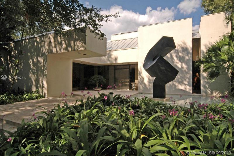 5105 SW 82nd St,  Miami, FL