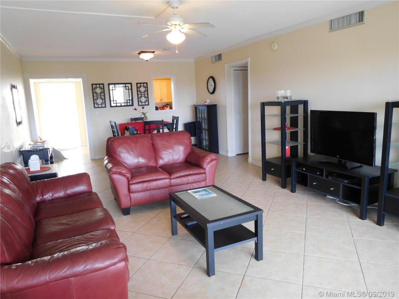 3250 N Palm Aire Dr,  Pompano Beach, FL