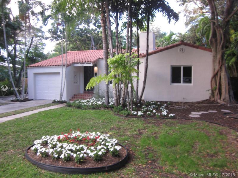 For Sale at  741 NE 114Th St Biscayne Park  FL 33161 - Griffing Biscayne Park Es - 2 bedroom 2 bath A10189091_20