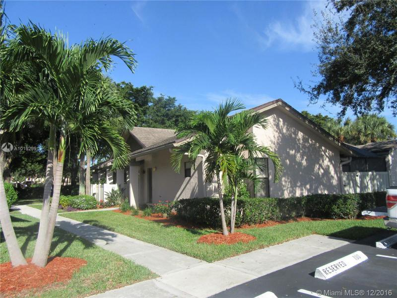 3265 NW 47th Ave,  Coconut Creek, FL