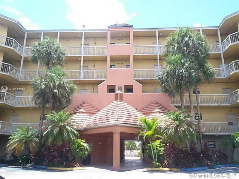 8290 Lake Dr  Unit 523, Doral, FL 33166