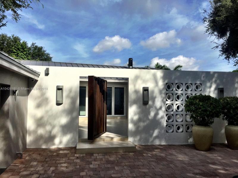 2930  Brickell Ave,  Miami, FL