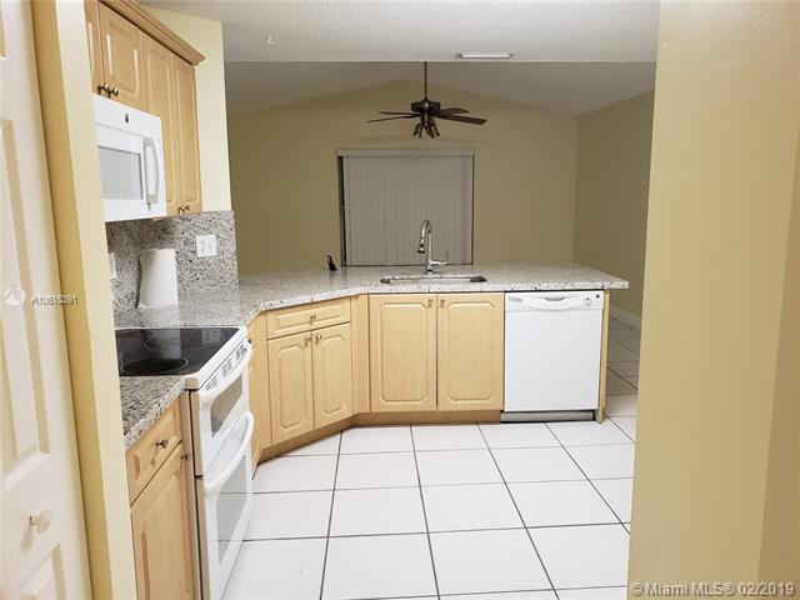 1908 SW 177th Ave  Miramar, FL 33029-5249 MLS#A10618391 Image 11