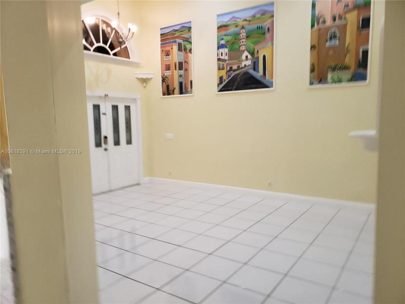1908 SW 177th Ave  Miramar, FL 33029-5249 MLS#A10618391 Image 4
