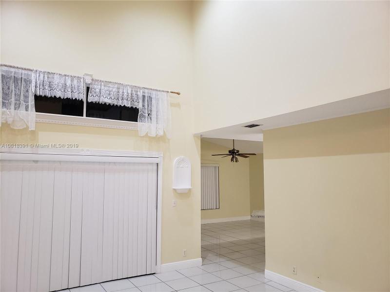 1908 SW 177th Ave  Miramar, FL 33029-5249 MLS#A10618391 Image 7