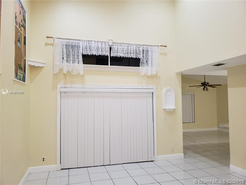 1908 SW 177th Ave  Miramar, FL 33029-5249 MLS#A10618391 Image 9