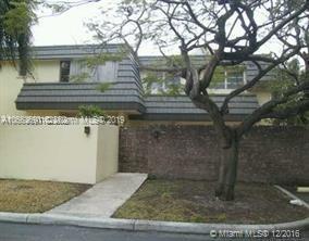8614 SW 147th Ct , Miami, FL 33193-1532