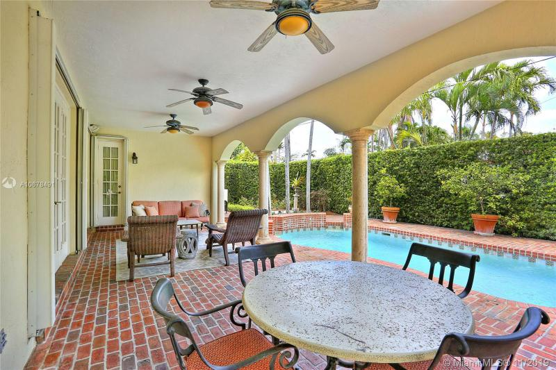 1203 N Greenway Dr, Coral Gables, FL, 33134