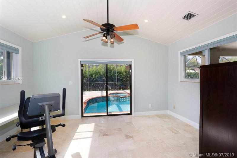 7820 SW 170th St, Palmetto Bay, FL, 33157