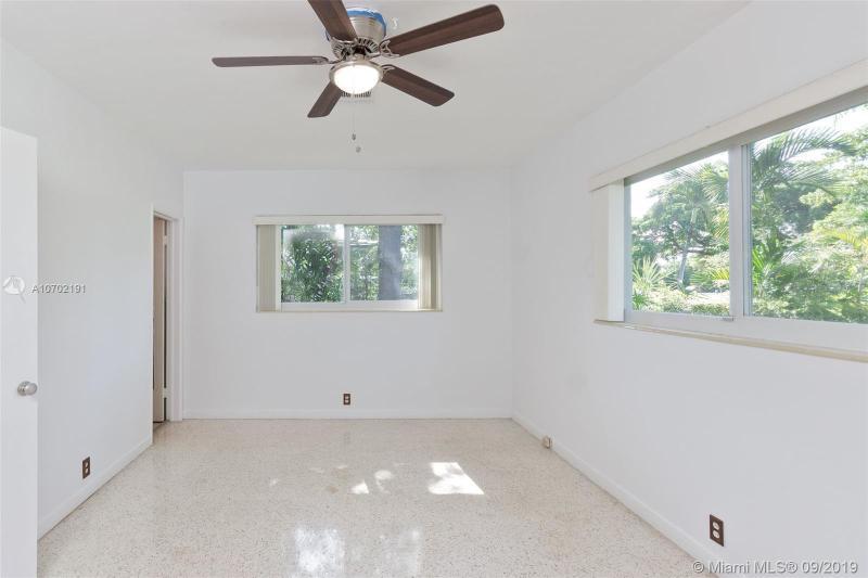 821 NE 107, Biscayne Park, FL, 33161