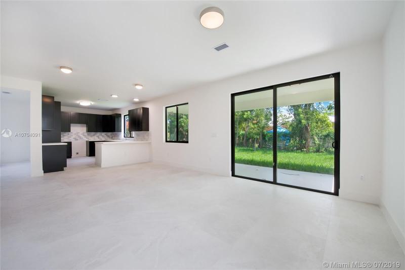 9200 SW 170th St, Palmetto Bay, FL, 33157