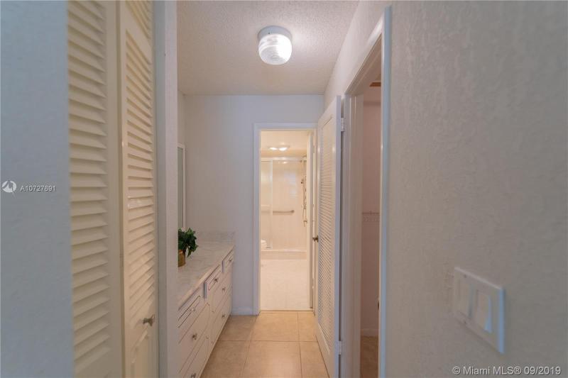 8900 Washington Blvd 110, Pembroke Pines, FL, 33025