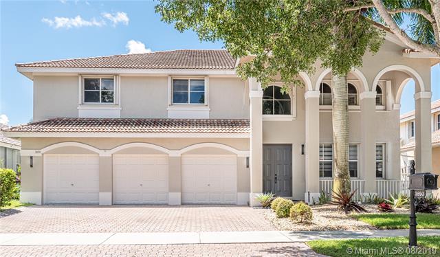 3890  Crestwood Cir,  Weston, FL