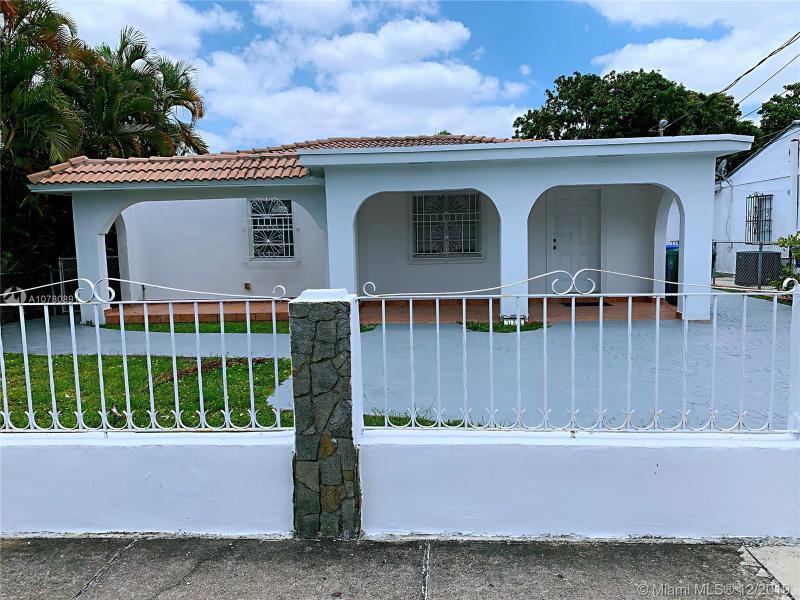 Single Family Homes Photo 2: 526 SW 64 AVE  West Miami,  FL 33144
