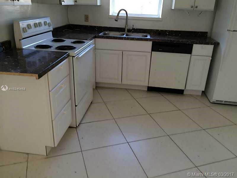 For Sale at  17020 NE 6Th Ct North Miami Beach  FL 33162 - 1St Addn To Panuleta Gard - 3 bedroom 2 bath A10245458_5