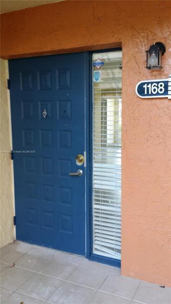 1104 The Pointe Drive, West Palm Beach FL 33409-