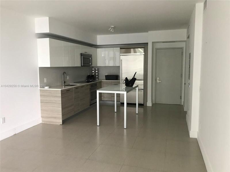 Imagen 2 de Residential Rental Florida>Miami>Miami-Dade   - Rent:2.400 US Dollar - codigo: A10429258