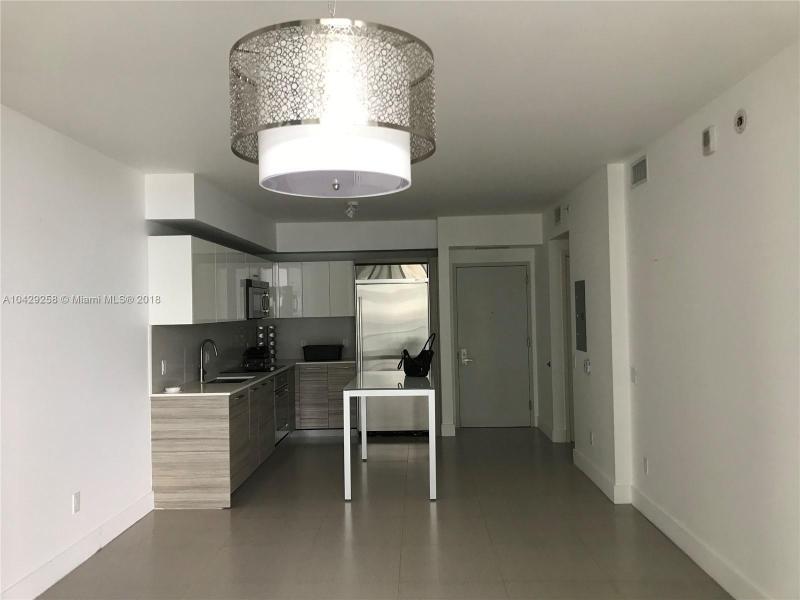 Imagen 3 de Residential Rental Florida>Miami>Miami-Dade   - Rent:2.400 US Dollar - codigo: A10429258