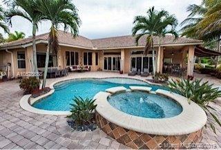660 W Enclave Cir W, Pembroke Pines, FL, 33027