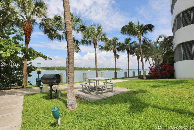 7934 West Dr 602, North Bay Village, FL, 33141