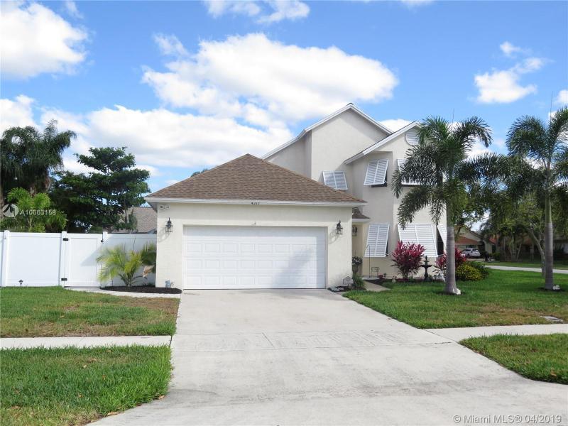 327 NW 41st Way , Deerfield Beach, FL 33442-8053