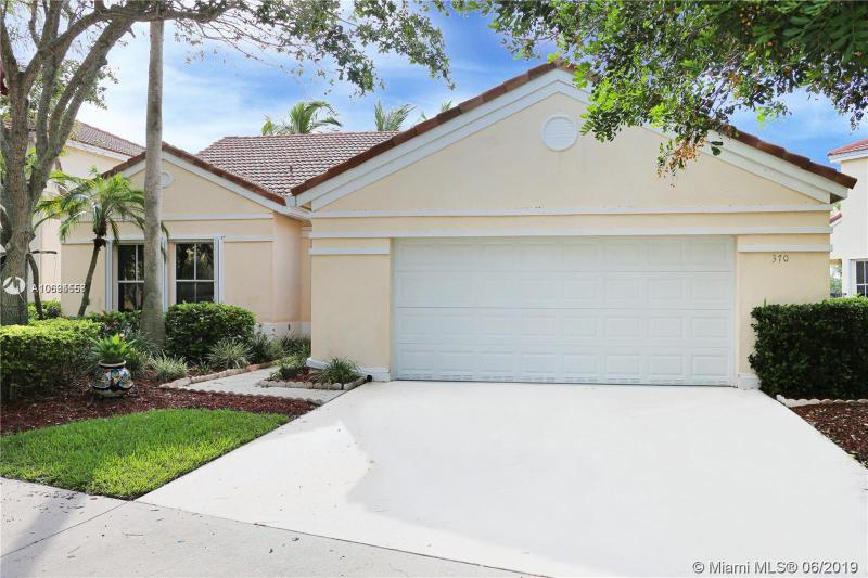 370  Carrington Dr,  Weston, FL