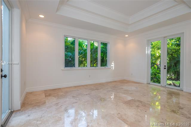 5900 SW 84th St, South Miami, FL, 33143