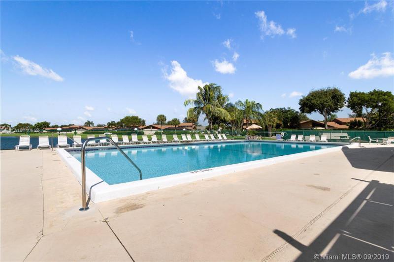 9483 Boca Gardens Cir S A, Boca Raton, FL, 33496