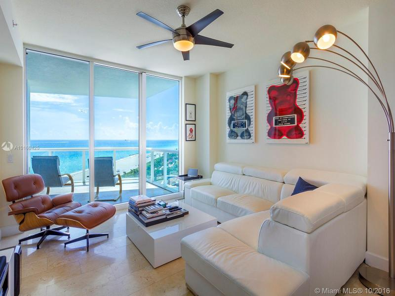 Photo of Mosaic On Miami Beach Con #1205