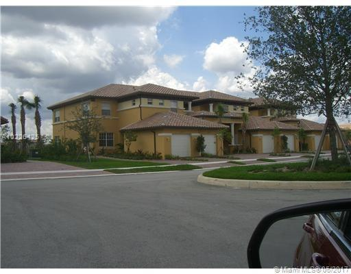 7909 128th Ln  Unit 11, Parkland, FL 33076