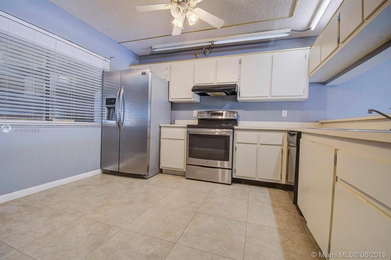 8010 Hampton Blvd 103, North Lauderdale, FL, 33068