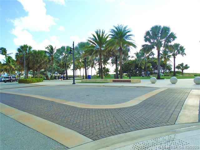 400 N Riverside Dr 202, Pompano Beach, FL, 33062
