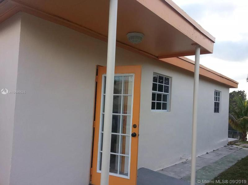 4100 SW 30th St Unit #2, West Park, FL, 33023