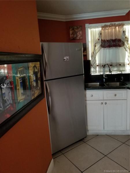 1750 W 46th St 435, Hialeah, FL, 33012