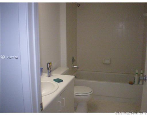 801 SW 138th Ave 411E, Pembroke Pines, FL, 33027