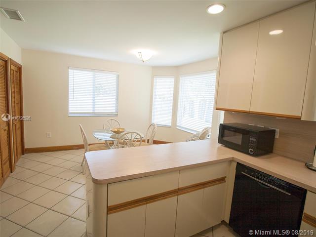 16025 SW 89th Ave Rd, Palmetto Bay, FL, 33157