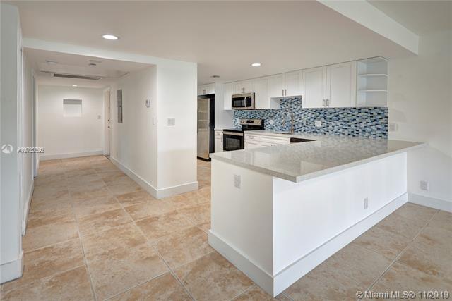 575 Oaks Ln 101, Pompano Beach, FL, 33069